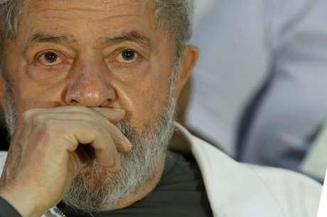Ex-presidente Luiz Inácio Lula da Silva durante congresso de catadores em Brasília 13/12/2017 REUTERS/Adriano Machado