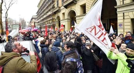 Protestos contra mudança em regra foram realizados na Itália