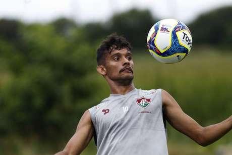 Meia entrou na Justiça para deixar o Fluminense e está nos planos do São Paulo (Lucas Merçon/Fluminense F.C.)