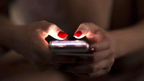 Com os 'metadados', são reunidas informações de nosso celular todos os dias