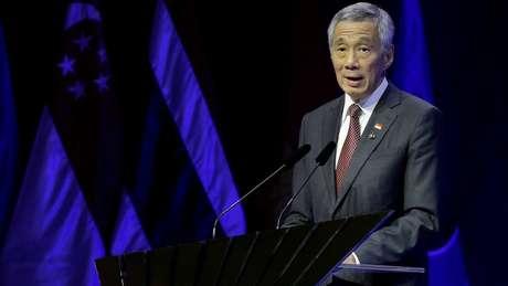 Escândalo eclodiu em momento de fragilidade do premiê do país, acusado pelos irmãos de abuso de poder