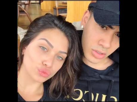 Flavia Pavanelli e MC Kevinho anunciam vídeo com intimidade do casal nas férias