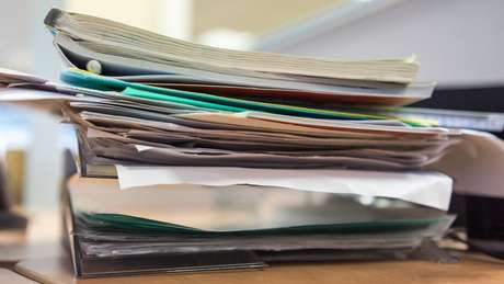 Inquéritos se acumulam, em meio à falta de recursos