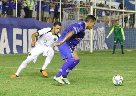 Goytacaz venceu, de virada, com dois gols de Márcio Carioca (Foto: Divulgação)