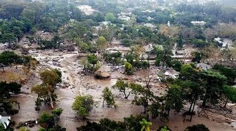 Oprah mostra como foi atingida pelos deslizamentos de terra mortal