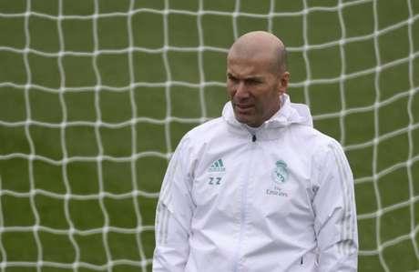 Zidane tem ciência que a fase merengue não é boa (Foto: Pierre-Philippe Marcou / AFP)