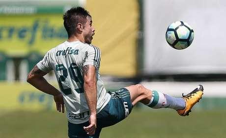 Willian, que entrou no lugar de Keno, fez o único gol da atividade - FOTO: Cesar Greco/Palmeiras
