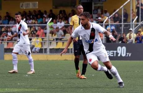 Hugo Borges fez o gol da vitória do Vasco contra o São Bernardo nesta sexta-feira (Foto: Carlos Gregório Jr/Vasco)