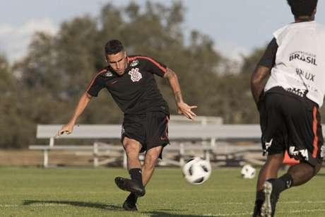 Gabriel em treino do Corinthians nos Estados Unidos (Foto: Daniel Augusto Jr)