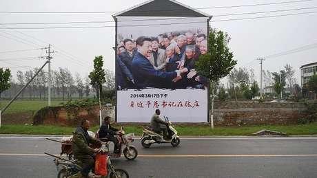 Presidente Xi Jinping prometeu erradicar a pobreza rural na China até 2020 | Foto: AFP
