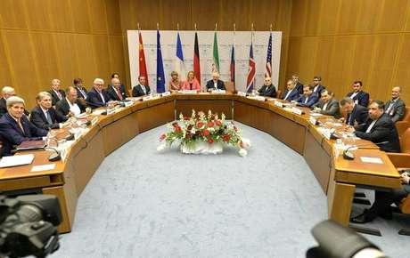 Em 2015, grupo de seis países fechou acordo nuclear com Irã