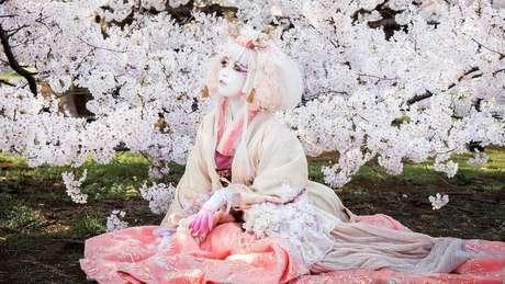 Minori diz que busca inspiração na natureza para sua arte | Foto: Teppei Takazawa / Minori