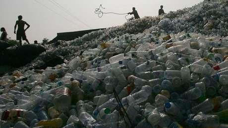 A partir de março, a China criará restrições para a entrada de recicláveis