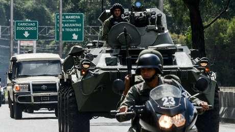 O grupo de Pérez invadiu uma unidade da Guarda Nacional em busca de armas