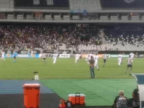Jefferson falha, mas Botafogo empata contra Portuguesa no fim
