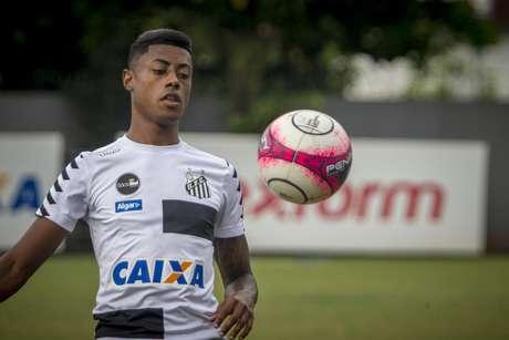 Bruno Henrique, jogador do Santos FC, durante treino no CT Rei Pelé, em Santos (SP).