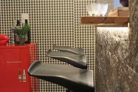 40. Sala de jantar com papel de parede para sala quadriculado, super moderno. Projeto de Casa On