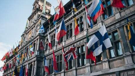 Muitos países europeus reconhecem a cidadania de pessoas nascidas fora de seus territórios, desde que elas tenham antepassados nascidos nessas nações