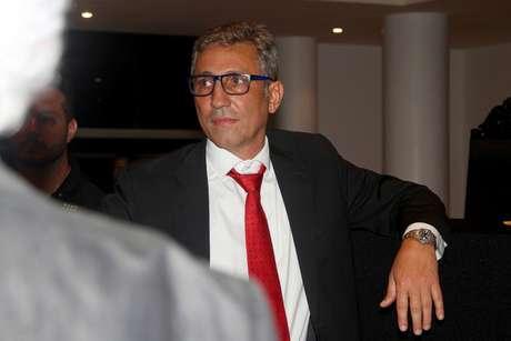 Campello será o próximo presidente do Vasco nos próximos três anos. Veja a seguir imagens do novo mandatário