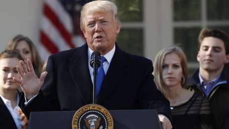 Trump diz que sua gestão representou um 'avanço incrível'. Será?