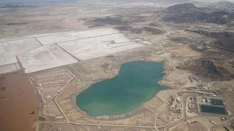 Mina localizada a menos de 5km do centro de Oruro continua a poluir, embora não esteja mais ativa