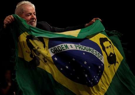Dilma é esperada em ato de mulheres do PT em Porto Alegre