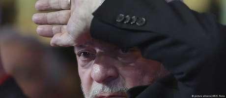 Lula em comício em Brasília: ex-presidente insiste me tática de enfrentamento com a Lava Jato