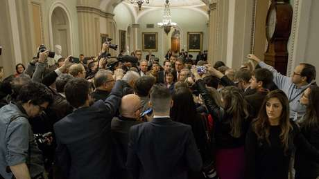 Senado dos EUA chega a acordo para encerrar paralisação do governo federal