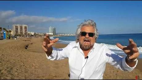 Líder nas pesquisas, M5S se afasta da imagem de Beppe Grillo