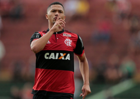 Vitor Gabriel está relacionado para o jogo contra o Bangu (Staff/Flamengo)