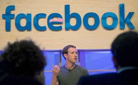 Facebook pede desculpas por divulgação de 'fake news'