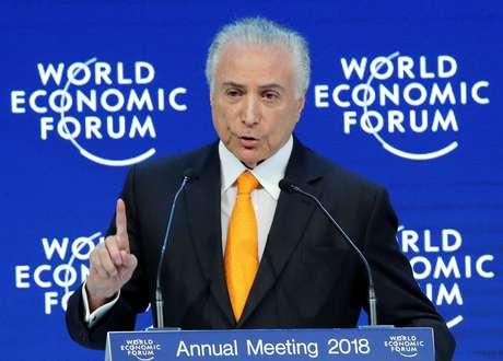Presidente Michel Temer fala durante Fórum Econômico Mundial em Davos, na Suíça 24/01/2018 REUTERS/Denis Balibouse