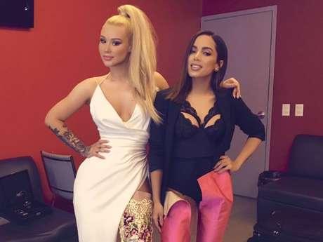 """Iggy Azalea critica fãs da Anitta após vazamento de """"Switch"""""""