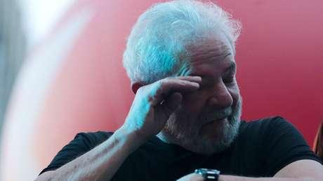 TRF-4 vota por unanimidade condenação de Lula