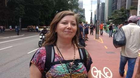 A turista Mabel Aranciba errou de manifestação: disse que queria estar com os apoiadores de Lula