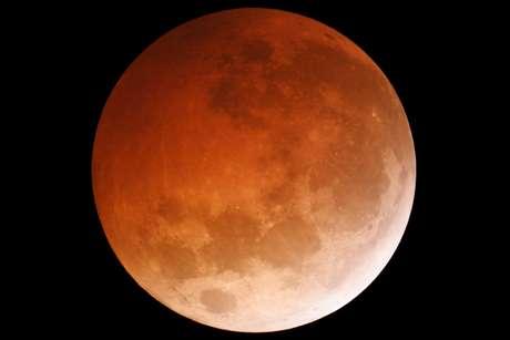Imagem de eclipse lunar