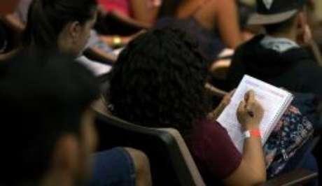 Podem se inscrever estudantes que fizeram o Enem e não tiraram 0