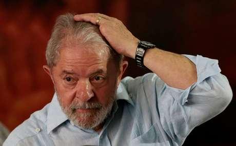 Ex-presidente Luiz Inácio Lula da Silva durante reunião com membos do PT, em São Paulo 25/01/2018 REUTERS/Leonardo Benassatto