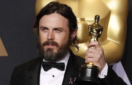 Casey Affleck recebe Oscar em 2017  26/02/17    REUTERS/Lucas Jackson