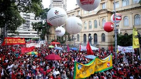 PT reafirma que Lula será candidato à Presidência