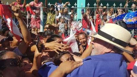 Em caravanas pelo Brasil, Lula se comportou como candidato presidencial | Foto: André Shalders/BBC Brasil