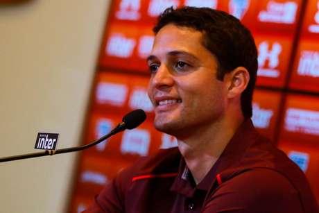 São Paulo encaminha acerto para retorno de Lugano como dirigente