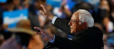 Poucos políticos nos Estados Unidos se intitulam socialistas, com uma notóriaexceção: o senador Bernie Sanders