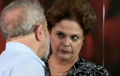 Os ex-presidente Dilma e Lula