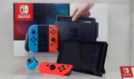 Console Switch, da Nintendo, em loja de eletrônicos em Tóquio 03/03/2017 REUTERS/Toru Hanai