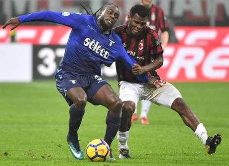 Em jogo morno, Milan e Lazio empatam na semi da Copa da Itália