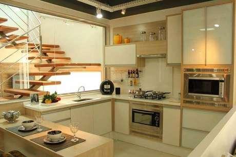 48. Linda cozinha planejada em tons neutros