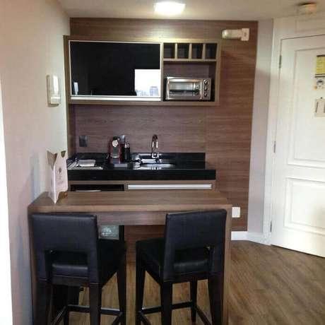 4. Modelo de decoração de cozinha pequena e simples.