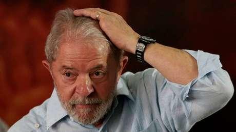 Mesmo com condenação confirmada, PT insiste em Lula candidato