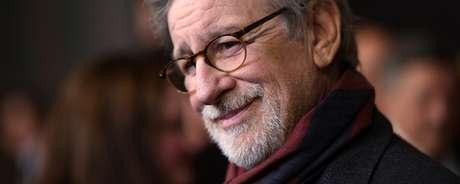 Spielberg enviou os mimos para Guillermo del Toro (A Forma da Água), Jordan Peele (Corra!), Greta Gerwig (Lady Bird - A Hora de Voar), Christopher Nolan (Dunkirk) Paul Thomas Anderson (Trama Fantasma), que disputam o prêmio neste ano.
